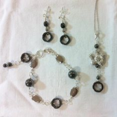 Jo's loops and links jewellery