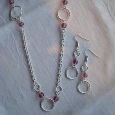 students loops and links jewellery