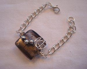 Rebecca's wrapped bead / loops bracelet